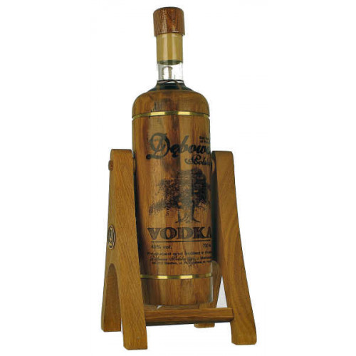 Debowa Vodka 700ml on Pouring Stand